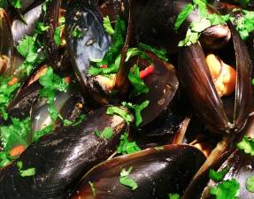 Thai Inspired Mussels