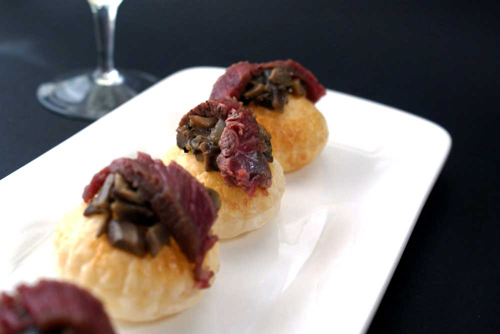 De constructed beef wellington canap s sprinkles and sprouts for Puff pastry canape ideas