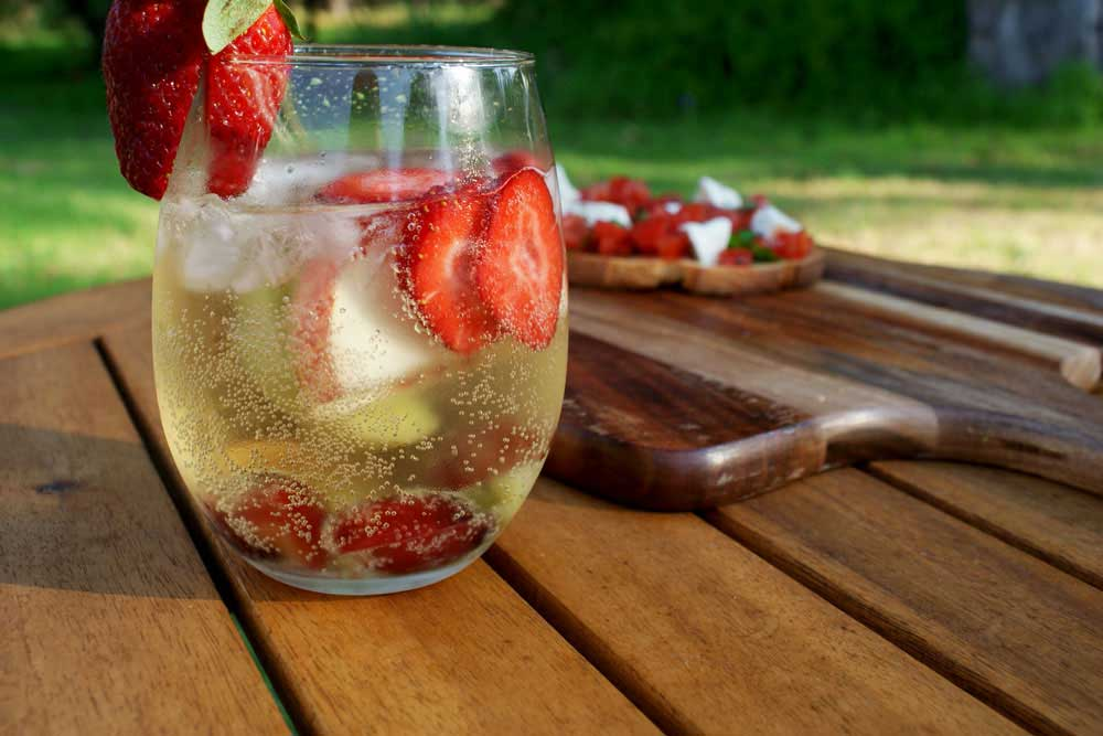 White Sangria and Bruschetta