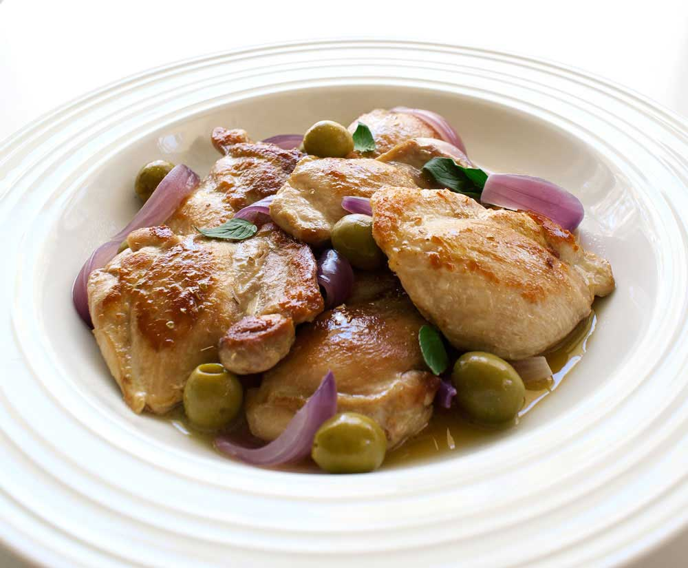Sicilian Chicken Agrodolce. A delicious Italian sweet and sour dish. A ...