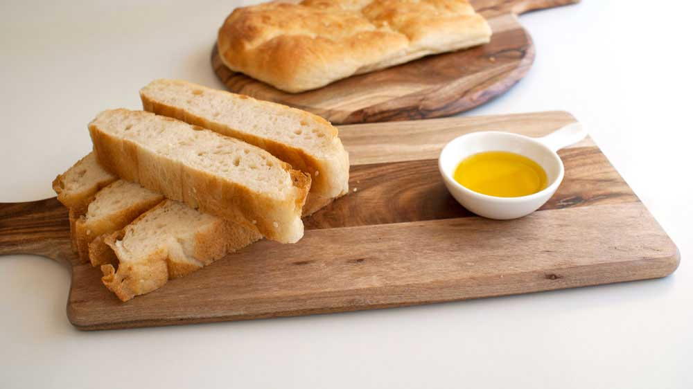 Turkish bread recipe. A delicious authentic loaf that can be frozen making it great to serve to last minute guests. Or enjoy as part of a meze style meal.