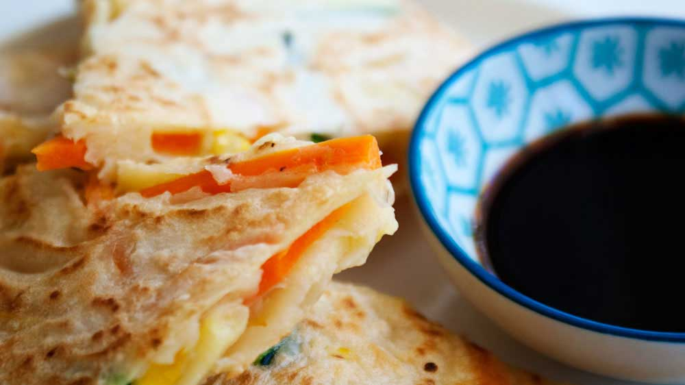 Veggie Packed Korean Pancakes. A delicious and light lunch. #vegetarian