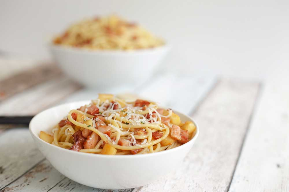 A delicious and different pasta dish. This parsnip and bacon pasta is a quick and easy mid-week dinner.