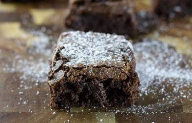 The BEST chocolate brownies in the world! These brownies have chewy edges and a fudge centre. Serve with a cup of tea or with a scoop of ice cream, these brownies are perfect for any occasion.