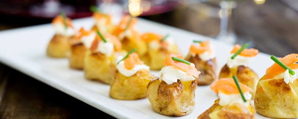 Mini Baked Potatoes with Sour Cream and Smoked Salmon