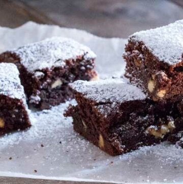 These white choc chip fudgy brownies, packed with white choc chips, they are slightly chewy, slightly gooey, massively fudgy and totally amazing!!!!!!   Sprinkles and Sprouts