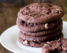 Subway-Style-Double-Chocolate-Chip-CookiesFEATURE