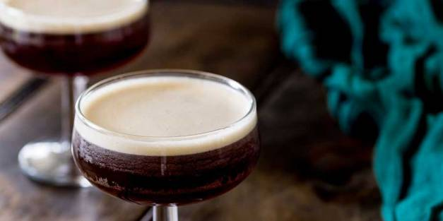 A delicious coffee based cocktail, well balanced and so drinkable, this is the wake up you need on a night out. Get the recipe now | Sprinkles and Sprouts