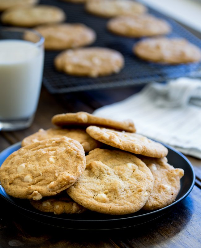 how to make subway white chocolate macadamia cookies