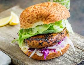 This juicy Peri Peri chicken burger is perfect for Nando lovers. The homemade marinade takes the humble chicken breast and turns it into a juicy and delicious dinner. Plus the fennel slaw!!! Oh so refreshing and perfect against the slight spicy of the burger. Recipe from Sprinkles and Sprouts   Delicious food for easy entertaining.
