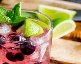 Slight sweet blueberries with tart lime and the zing of mint. ThisBlueberry, Lime and Mint muddled gin and tonic is the perfect balance of flavours. From Sprinkles and Sprouts