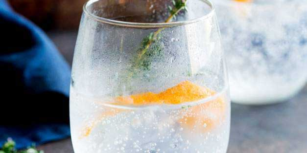 Sweet orange and floral thyme, give this Gin and Tonic a beautiful fruity freshness. Perfect for a September night. Try this with a Plymouth gin to accentuate the slight sweetness and earthy flavour. Recipe from Sprinkles and Sprouts   Delicious food for easy entertaining.
