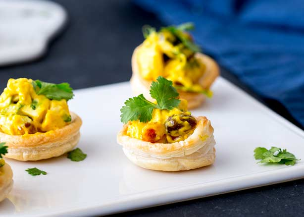 Curried Chicken Pastry Cups