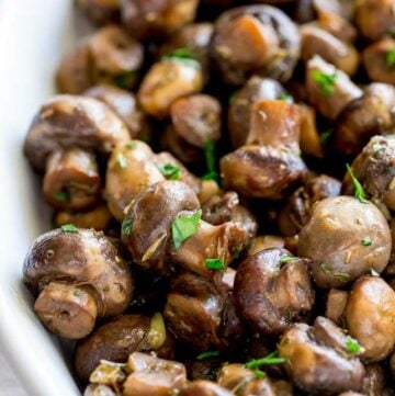 close up on the garlic mushrooms in the slow cooker