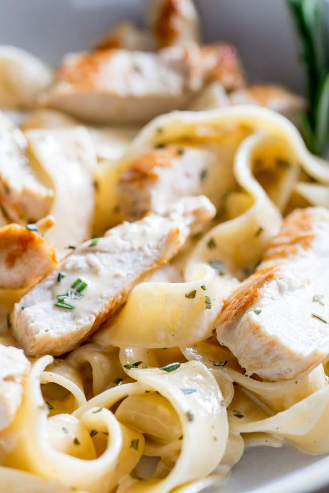 Close up on the chicken in the creamy rosemary chicken pasta