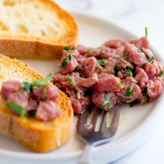 carne cruda wine pairing